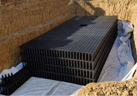 学校雨水收集系统施工现场