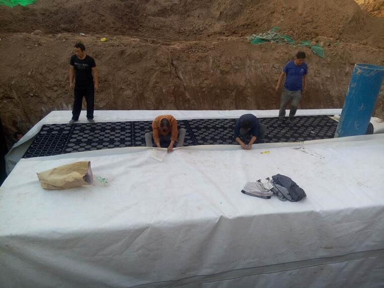 雨水收集模块施工