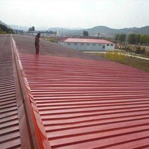 一种新型的彩钢瓦安装结构设计