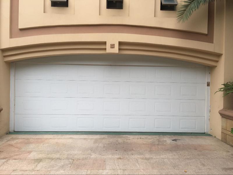 大连自动车库门