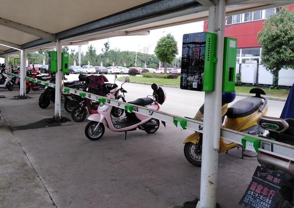 电动车充电防范建议河南小区充电站对电动车充电的5大防范建议。