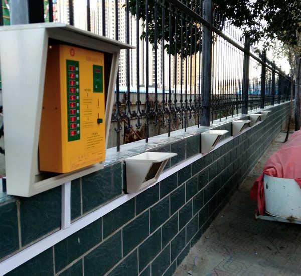 河南小区充电站电动车比较安全的充电方法介绍。