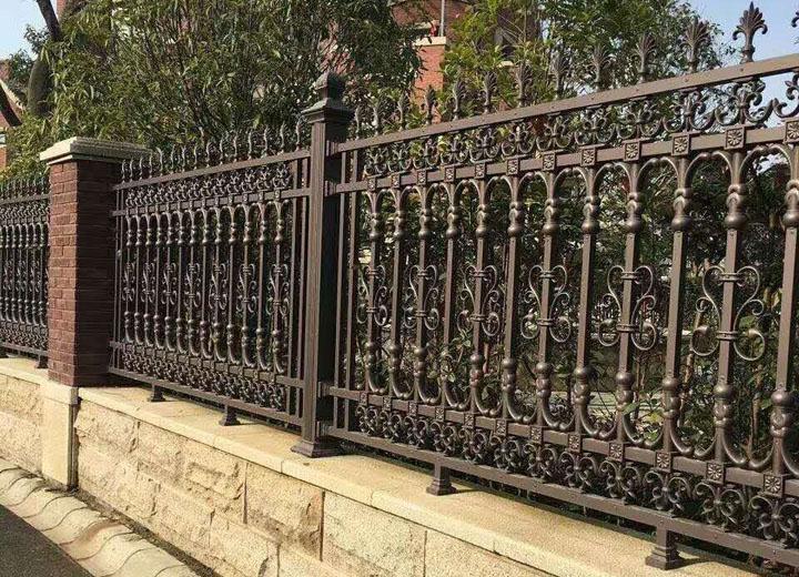成都鋁藝欄杆的優點,你知道嗎?