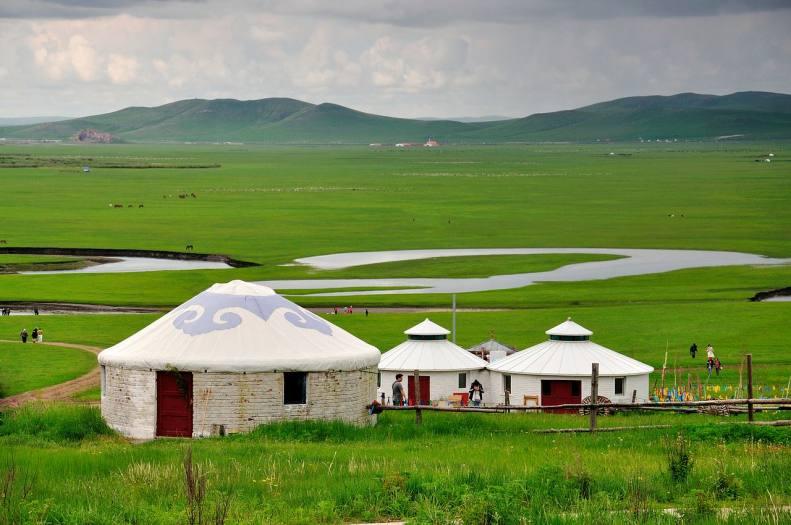 草原上的蒙古包除了居住,还有一个神秘用处你知道么?