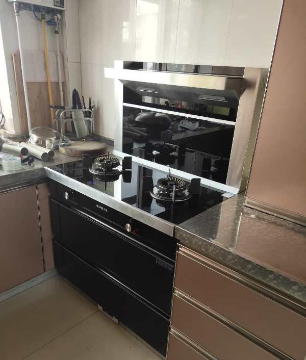 在厨房工程中,厨房设备安装的注意事项有哪些?