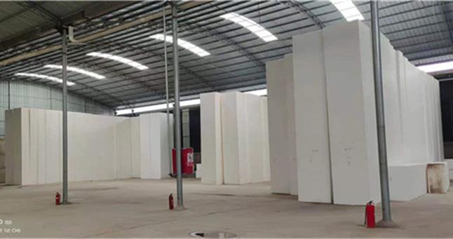对比:挤塑聚苯板和模塑聚苯板的优缺点。