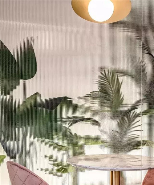 家中隔挡高颜值源桐发压花玻璃