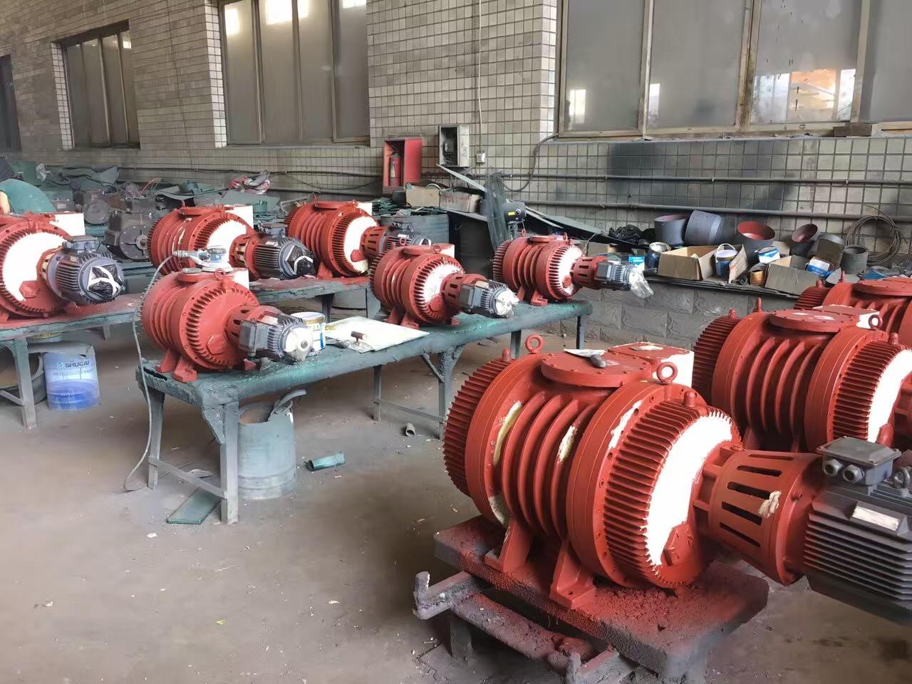 真空泵的清理及泵油的更换方法