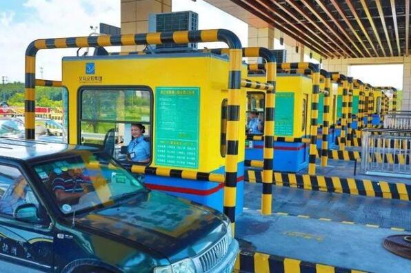 河南高速广告设计