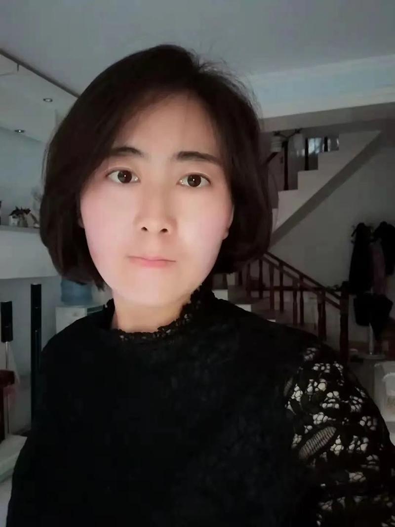 张曦月-超市管理员