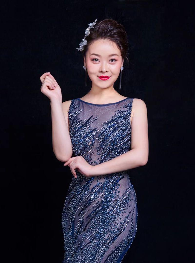 李新华-声乐教师