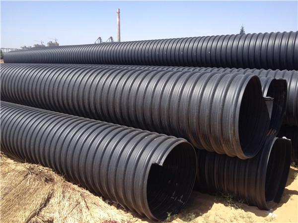 现在让我们一起去跟随陕西工作人员去学习一下钢带管的特性有哪些