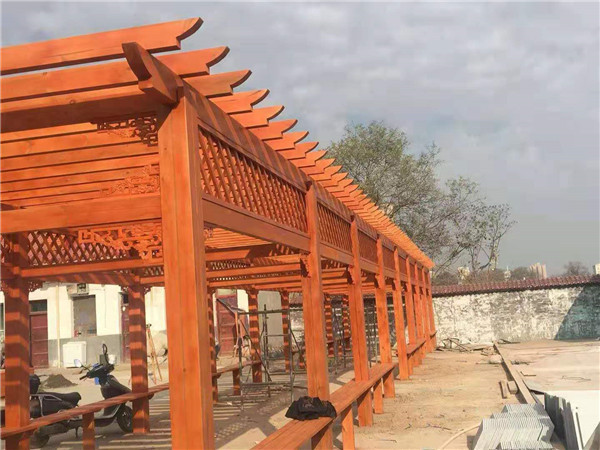 西安某项目工程防腐木葡萄架