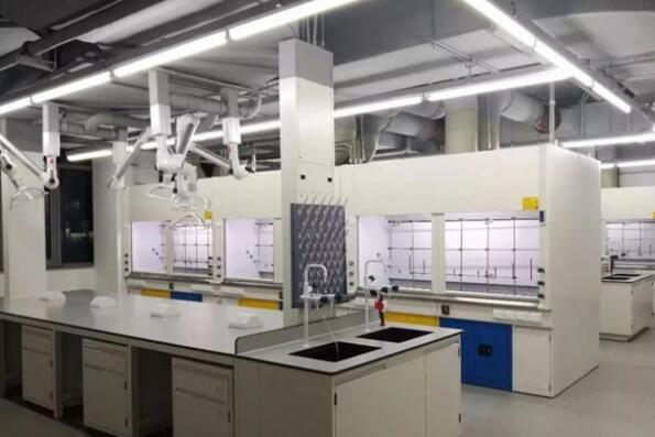 关于河南实验室设计,小编整理了八大方案供您参考