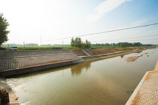 四川水利施工监测公司为您介绍泥石流对水利工程的危害性
