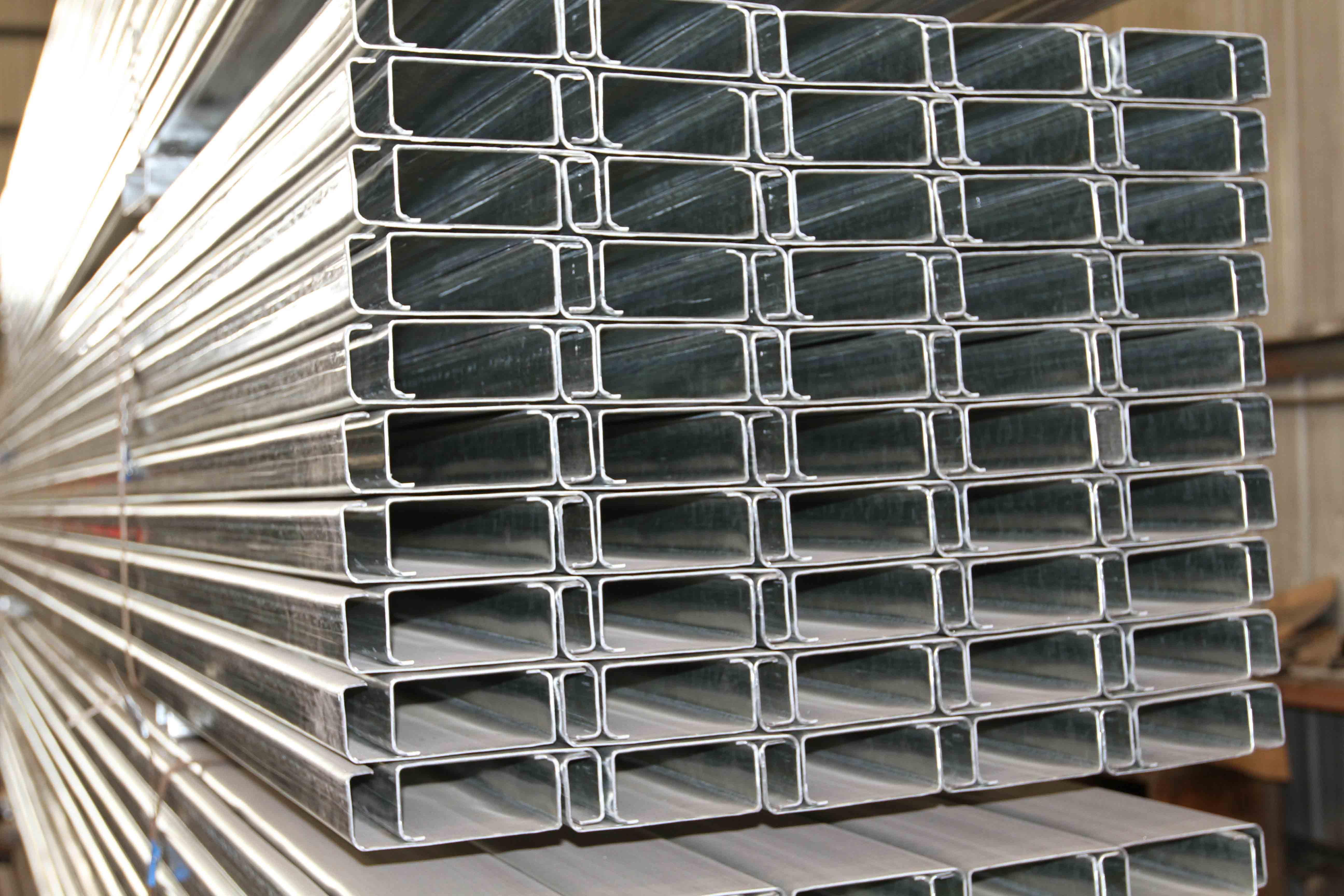 槽钢和C型钢有什么区别?