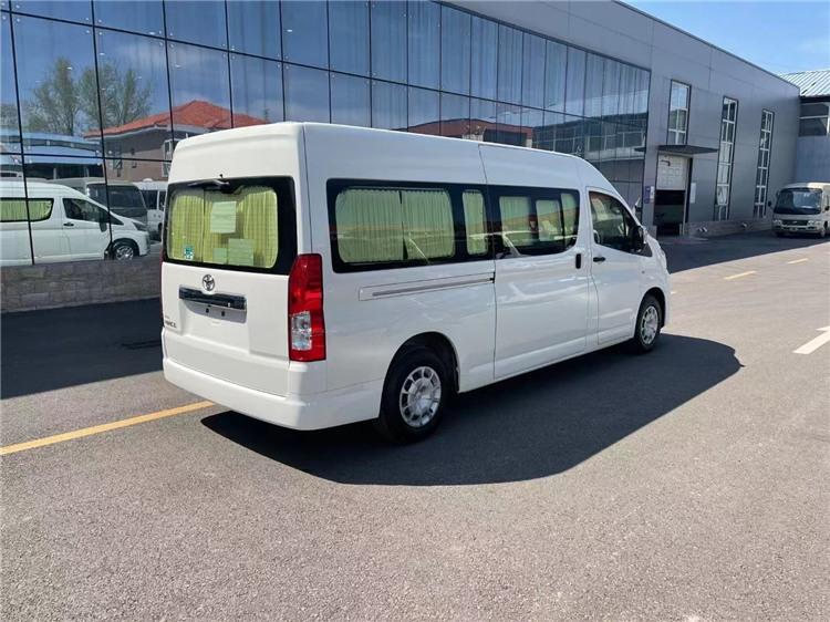 2021款丰田考斯特17座商务车