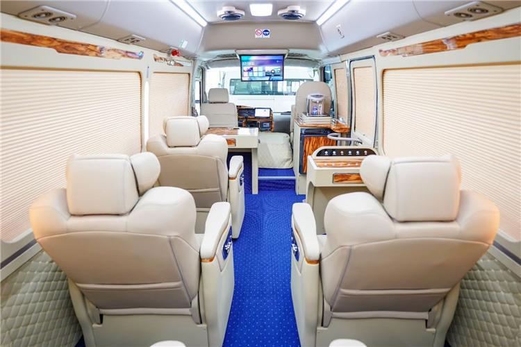 2021款丰田考斯特12座商务车