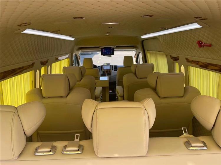 2021款中东版丰田海狮9座商务车改装