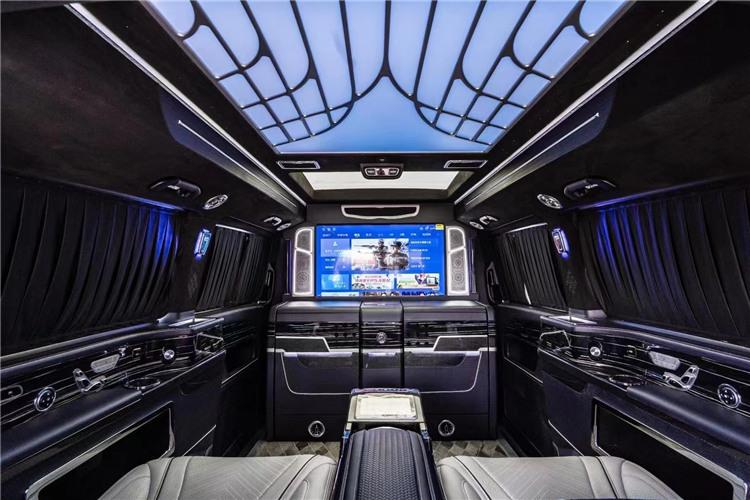 奔驰·V260L高顶全隔断商务车