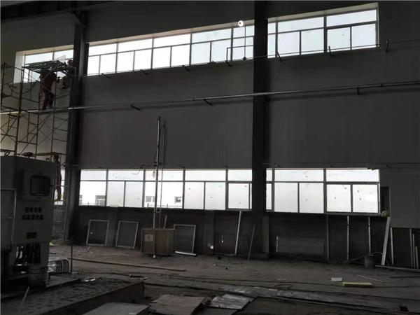 长庆、苏东12集气站压缩机棚防爆隔音窗户