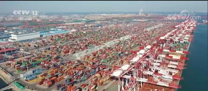 我国前5个月服务贸易进出口总值同比增长3.7%