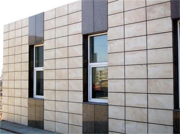 仿面砖保温一体板