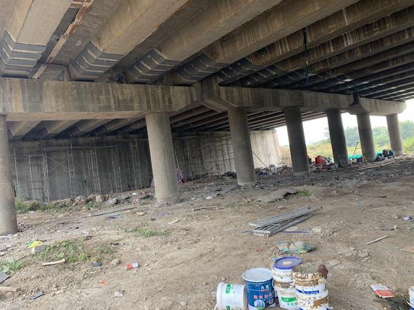 焦作中站区小石河桥梁加固案例