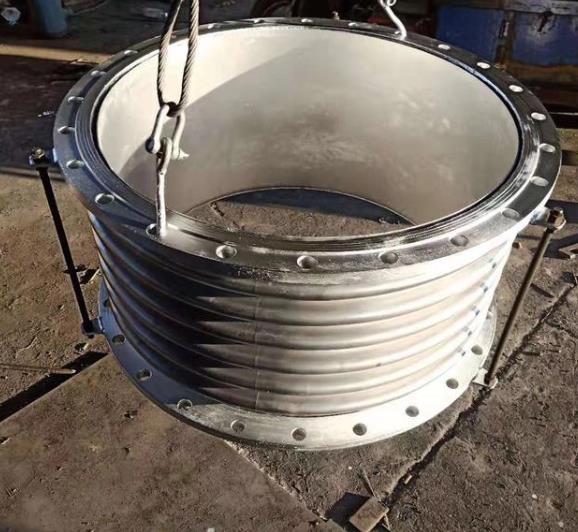 通用式不锈钢波纹金属软管是什么呢?它的运用规模有哪些呢?