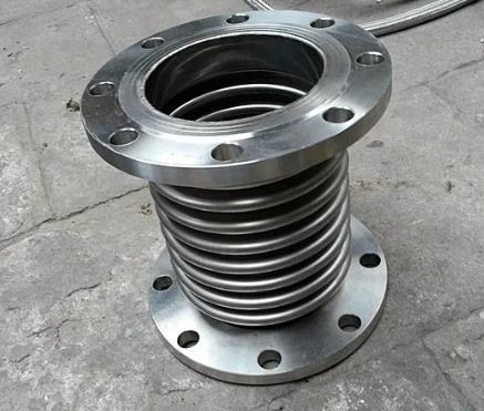 不锈钢波纹管补偿器的材料性能有哪些?