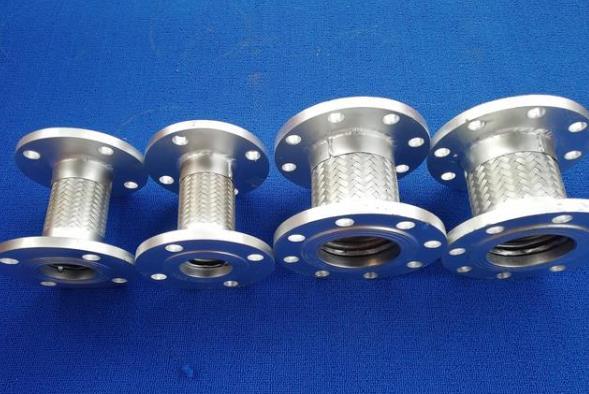 金属软管图片