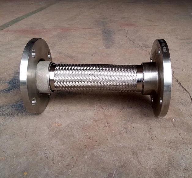 安装法兰金属软管要注意什么?