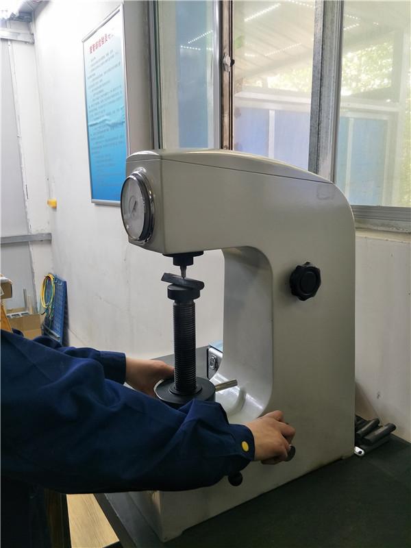 硬度检测设备