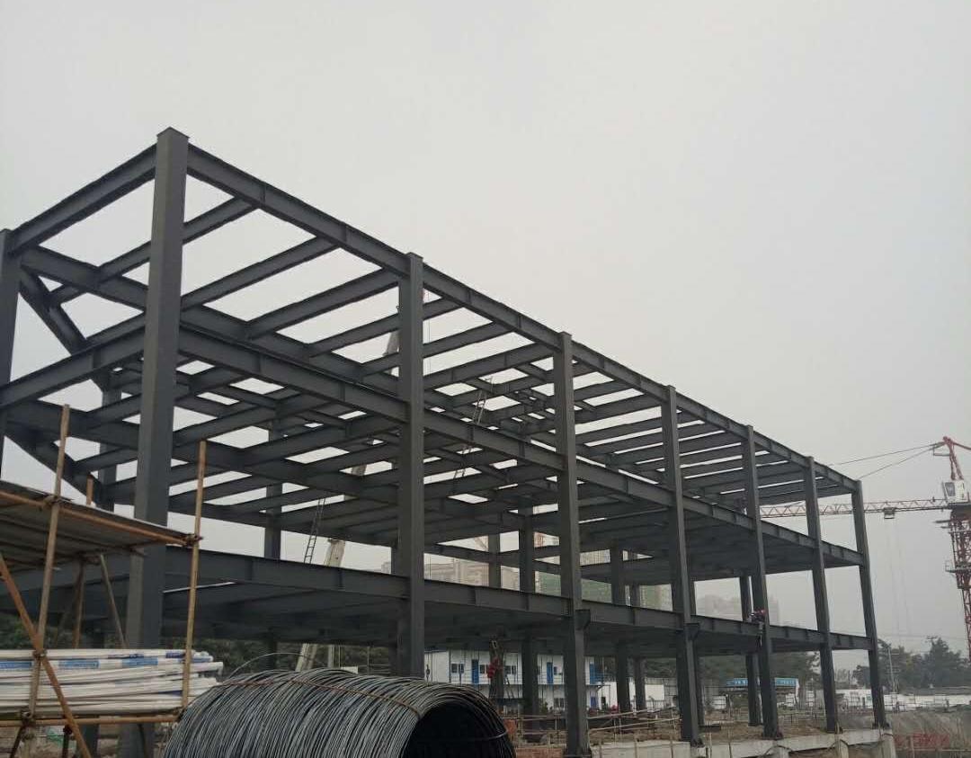 成都钢结构构件施工现场