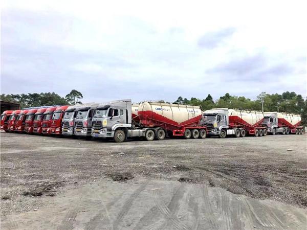 陕西水泥运输一定要注意:不要超载、超速!