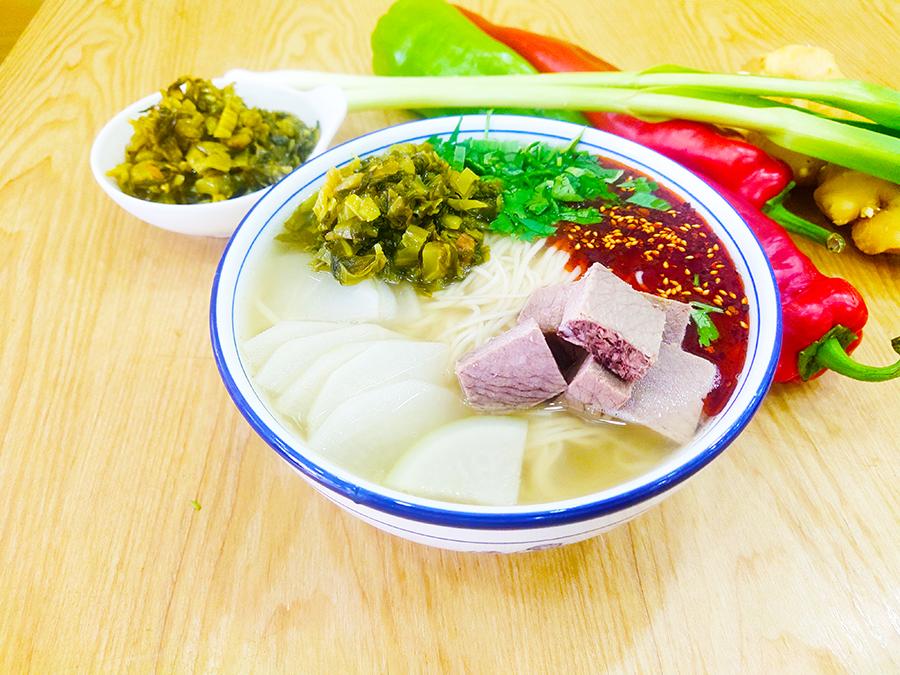 陇清福酸菜牛肉面