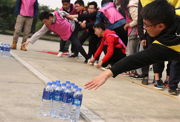 成都团建活动-群龙取水