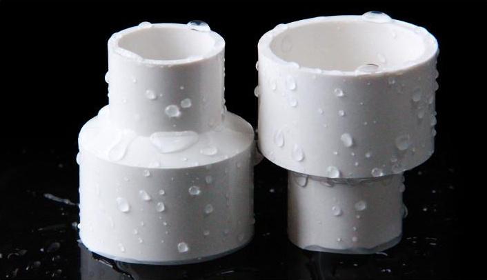 鉴别PVC管的优劣,可以通过几种方法: