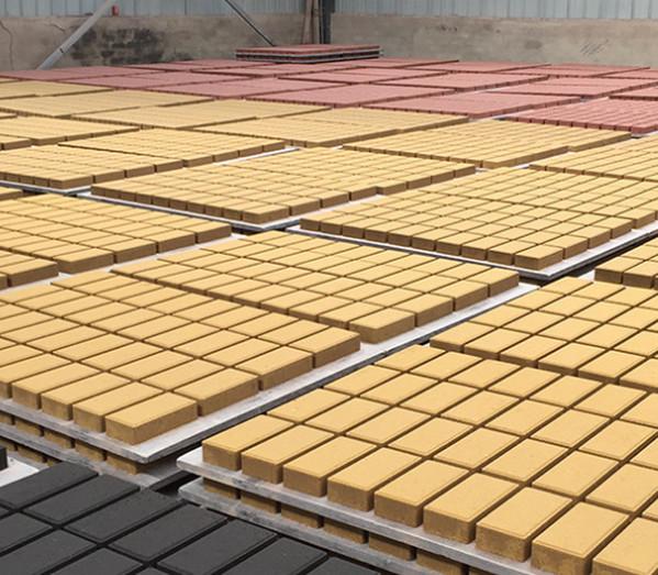 河南某园林公司透水砖案例