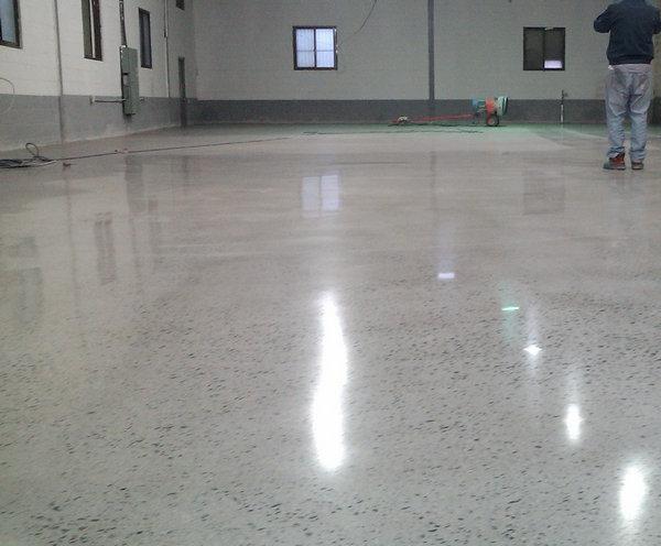 河南混凝土固化剂染色地坪工程