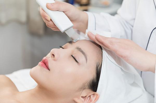 遵义化妆培训学校:教你如何护肤的6个诀窍