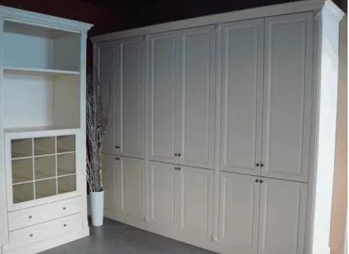 定制衣柜用哪种板材