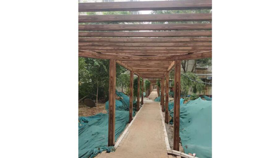 郑州花园新区廊架木纹漆