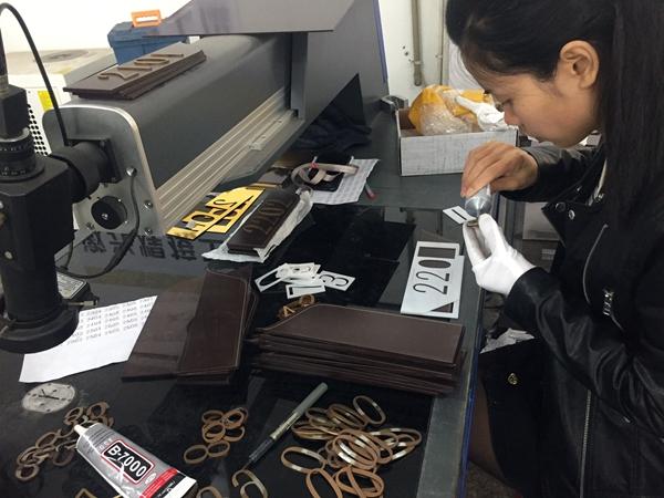 中川标识生产现场