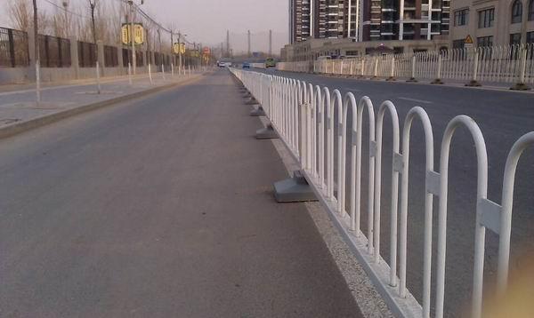 交通護欄 安裝