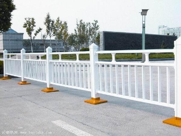 道路護欄工程