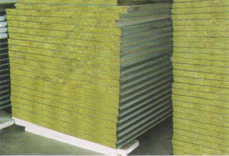 彩鋼夾芯板