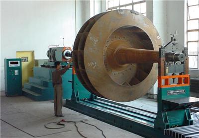 风机叶轮动平衡机