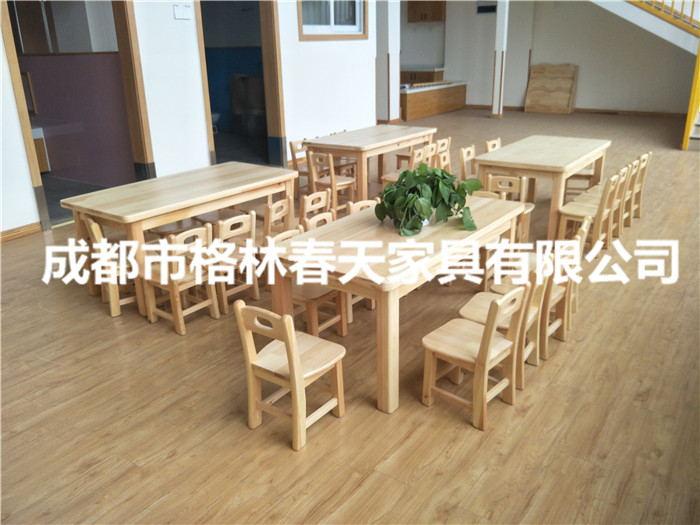四川幼儿桌椅客户见证