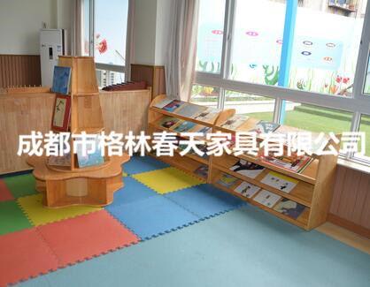 四川幼儿园书架客户见证